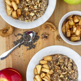 Apple Cinnamon Oatmeal (V, GF)
